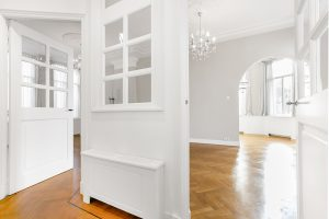 For rent elegant and spacious apartment in Archipel