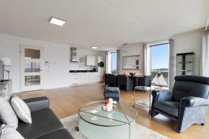 For rent neat apartment with indoor parking in Diemen